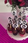 cupcake-decorado-festa-ever-after-higt2-valinhos-sjcampos