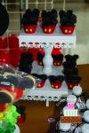 mini-cupcake-mickey_0
